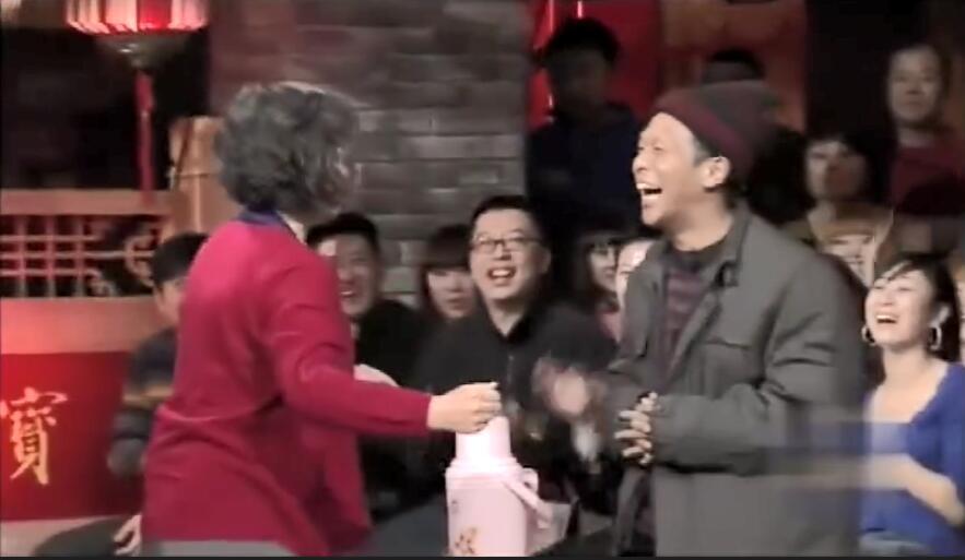 爆笑小品:超尷尬,宋小寶,小超越父子相親場上相遇